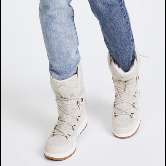 New Powder Ice Cap Ivory Fur Boots Wmns